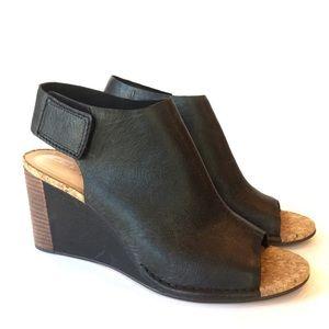 Clark's Black Leather Wedge Sandal